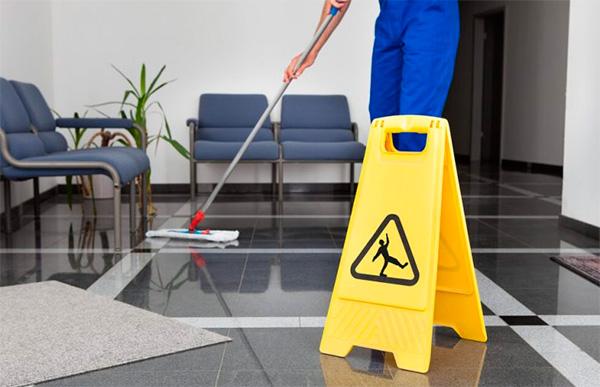 Como montar um roteiro de limpeza na sua empresa