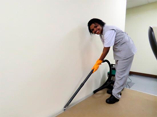 benefícios em terceirizar a limpeza da sua empresa